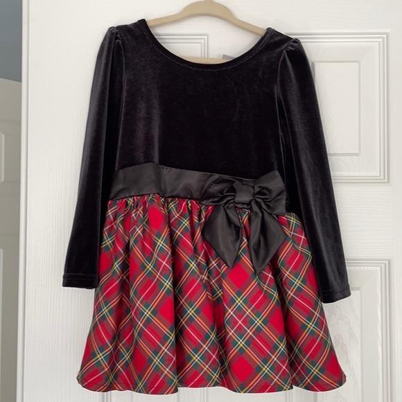 Girls 2T holiday dress, black velvet red plaid